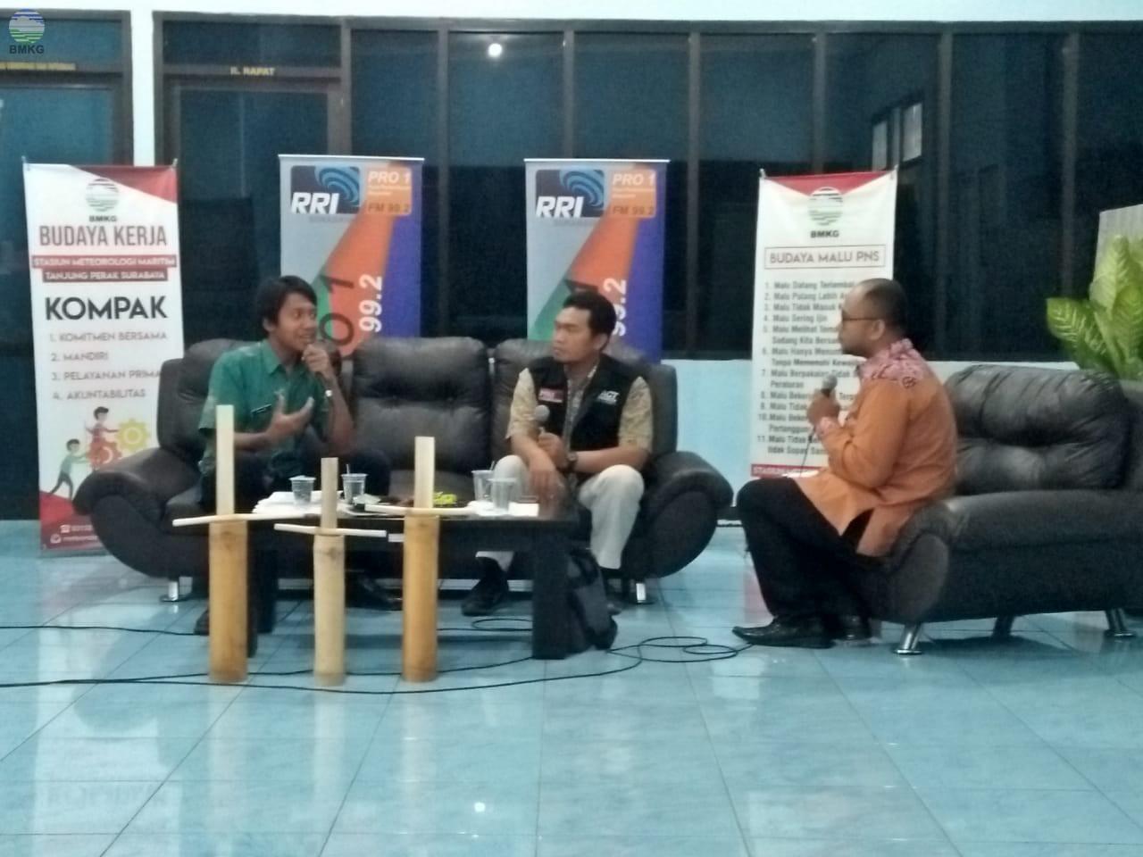 BMKG Tanjung Perak Berpartisipasi dalam Dialog Interaktif Siaga RRI Surabaya