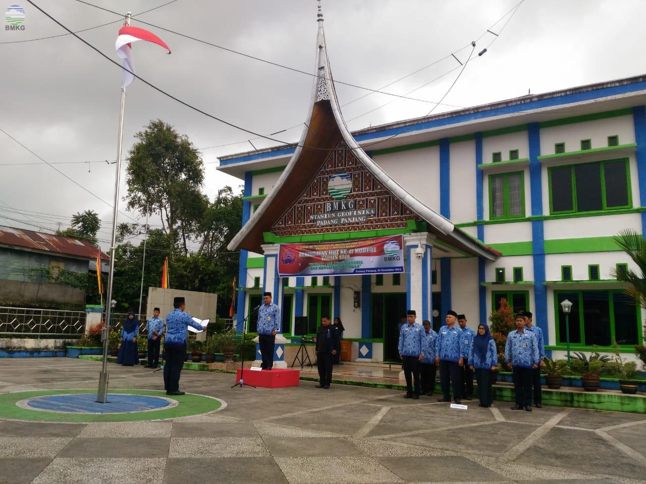 UPT BMKG Sumatera Barat Laksanakan Upacara Peringatan HUT KORPRI ke-47