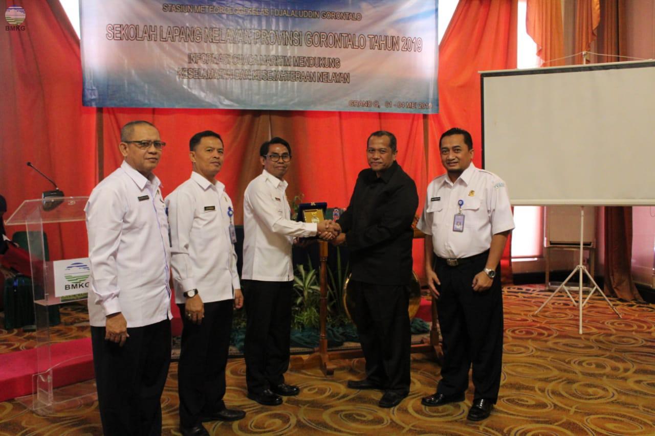 "Sekolah Lapang Nelayan Provinsi Gorontalo ""Informasi Cuaca Maritim Mendukung Keselamatan dan Kesejahteraan Nelayan"""