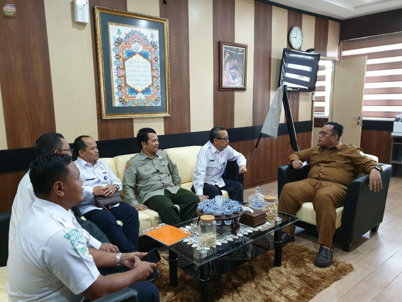 Kunjungan Deputi Bidang Geofisika ke UPT Wilayah Aceh