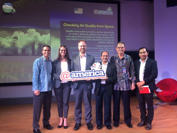 "Seminar dengan Tema ""Checking Air Quality from Space"""