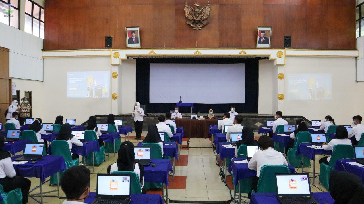 Kepala BMKG Meninjau Pelaksanaan PTB STMG di Yogyakarta