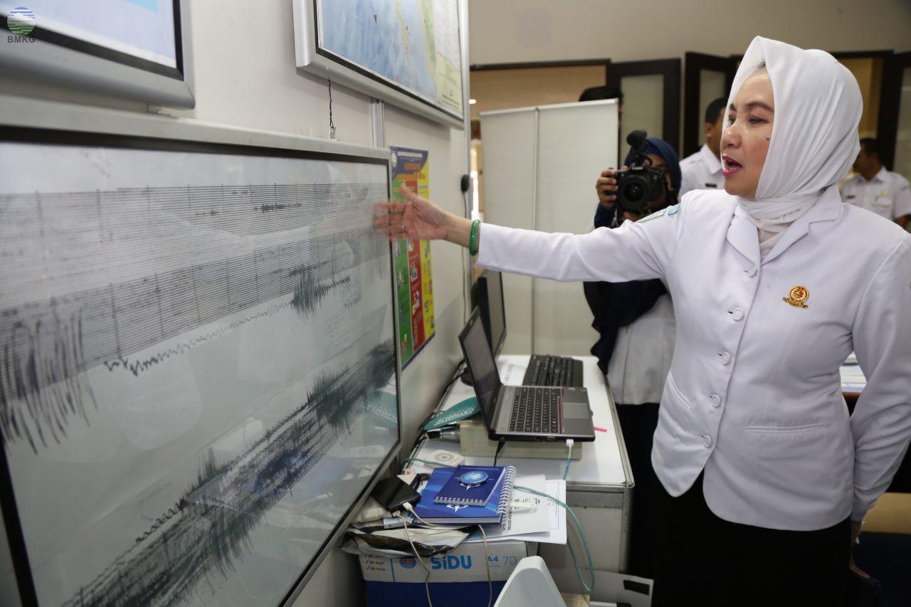 Kepala BMKG Kunjungi Pameran PIT Riset Kebencanaan Ke-5