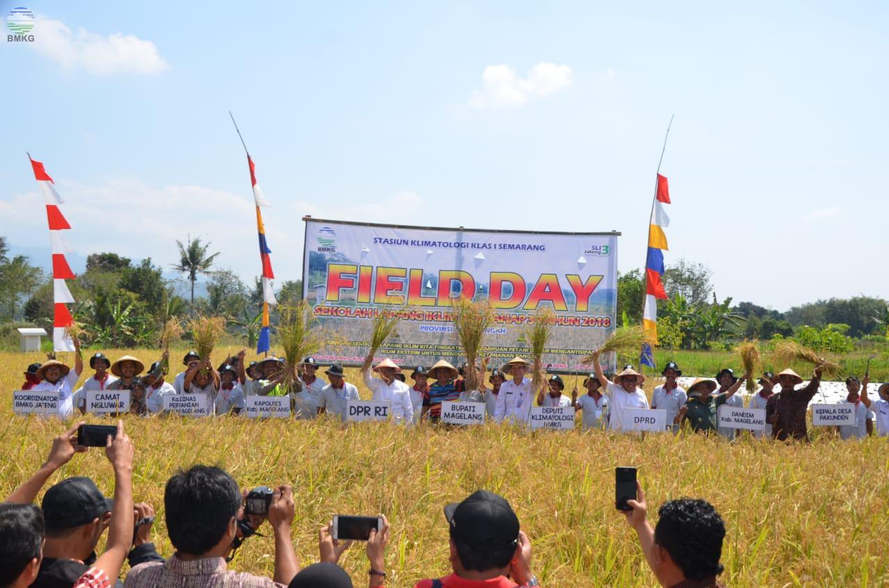 Panen Raya Sekolah Lapang Iklim Tahap 3 Provinsi Jawa Tengah