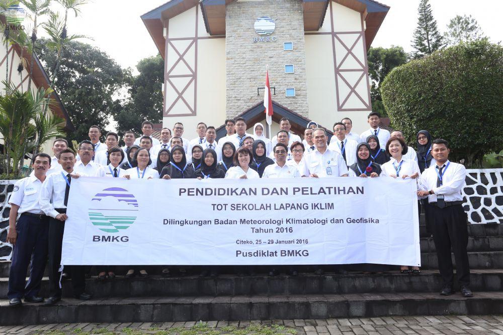 Diklat Training Of Trainer Sekolah Lapang Iklim