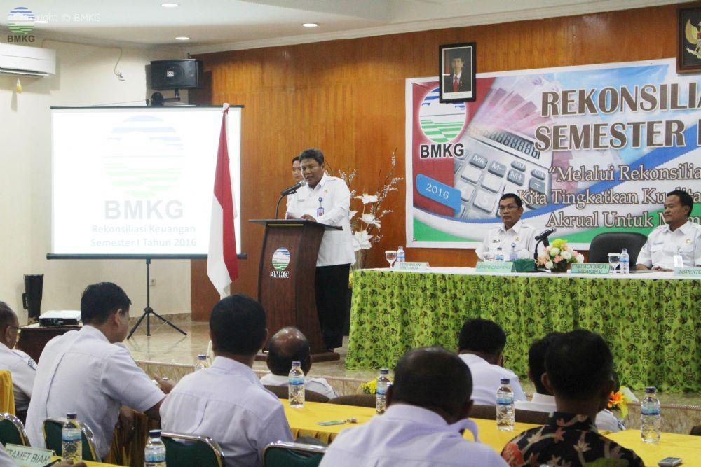Rekonsiliasi Laporan Keuangan Semester I Tahun 2016 BBMKG Wilayah V Jayapura