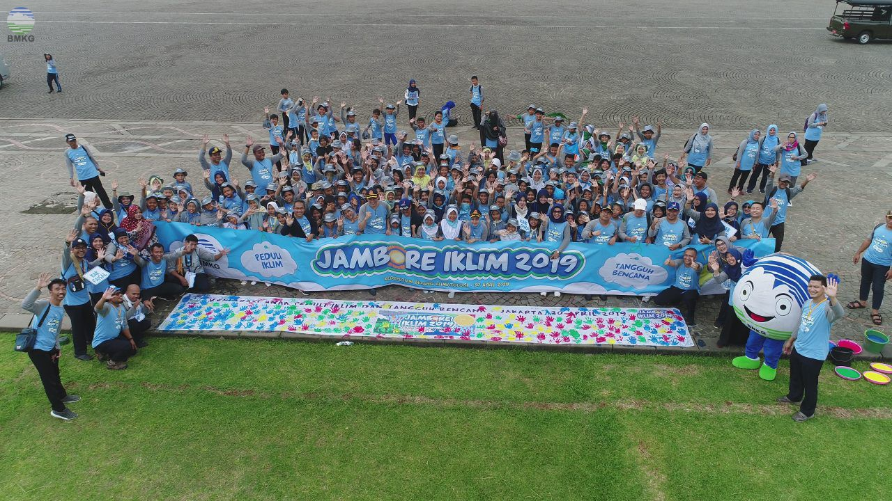 Deklarasi Para Satria Penyelamat Lingkungan Pada Jambore Iklim 2019