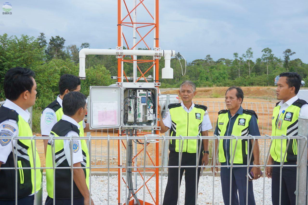 Pengawasan Keselamatan Terhadap Penyelenggaraan Pelayanan Informasi Penerbangan  di Stasiun Meteorologi Susilo Sintang