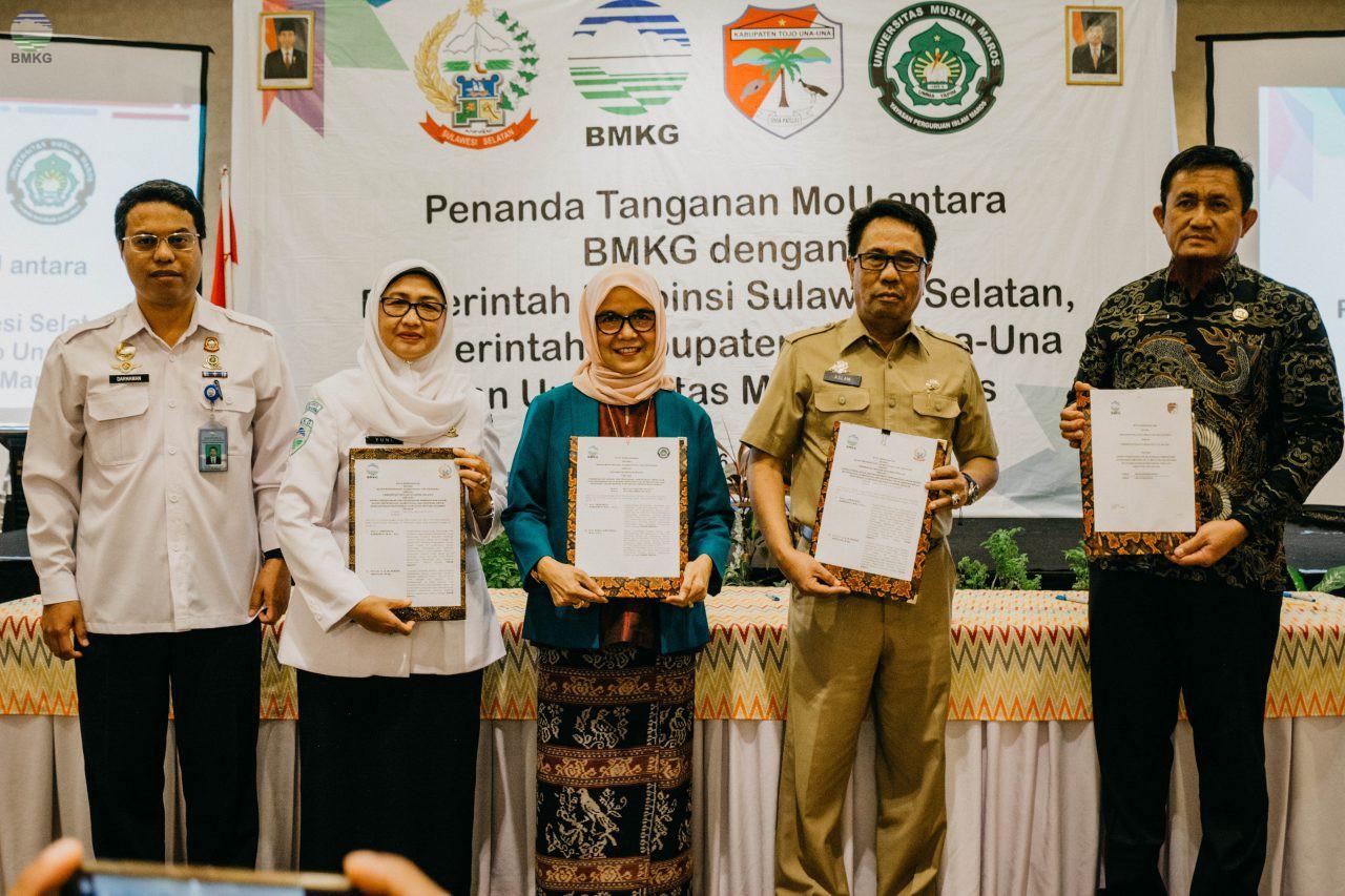 Penandatanganan MOU Antara BMKG dengan 2 Pemprov Sulawesi Selatan, Pemkab Tojo Una-Una dan Universitas Muslim Maros