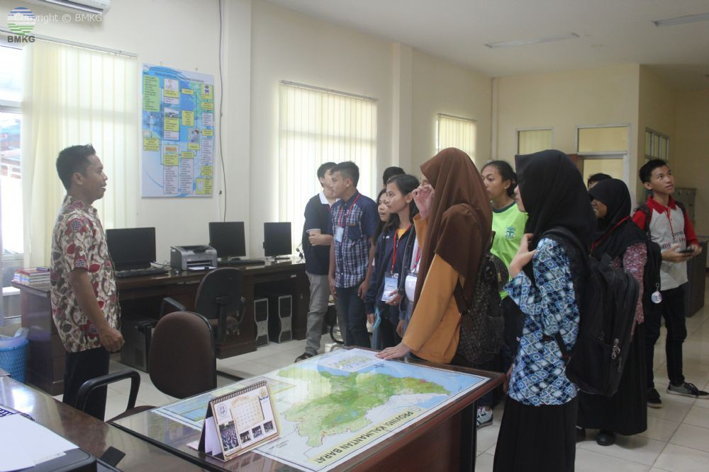 Himpunan Mahasiswa MIPA Universitas Tanjungpura Pelajari Ilmu MKG