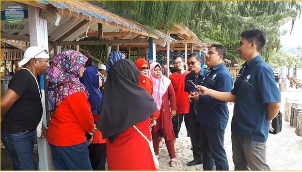 Sosialisasi dan Penyebaran Informasi Tentang Gempabumi dan Tsunami Bagi Masyarakat Kota Jayapura