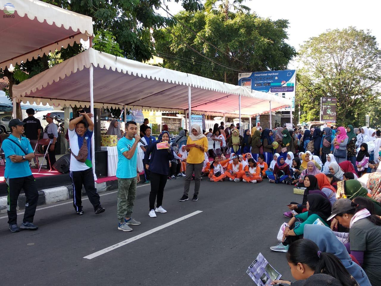 BMKG NTB Goes to Car Free Day