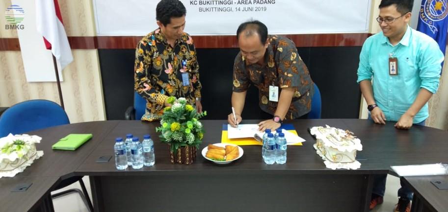 Penandatanganan Kerjasama Antara Stasiun GAW Kototabang dengan Bank Mandiri