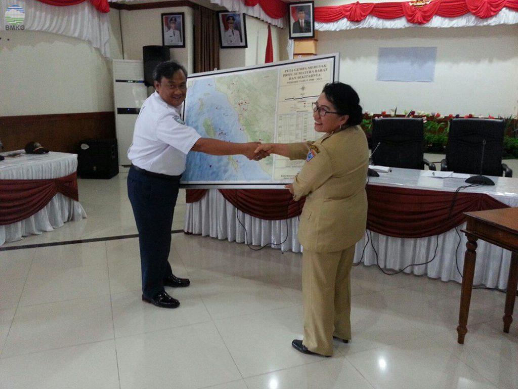 Tanggap Informasi Peringatan Dini Tsunami, BMKG Padang Panjang Adakan Sosialisasi Di Kabupaten Kep.Mentawai