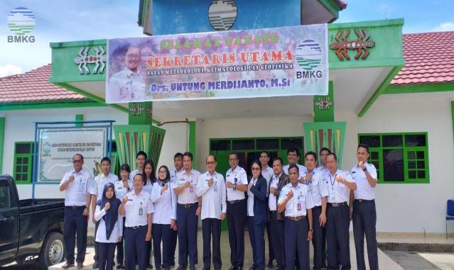 Kunjungan Kerja Sekretaris Utama BMKG Ke Stamet Kelas I Sentani-Jayapura Prov. Papua