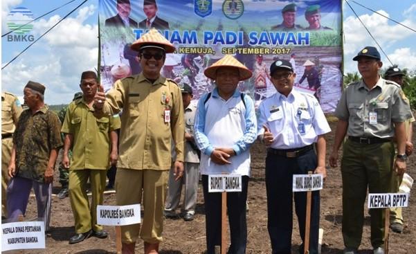 Stamet Kelas I  Depati Amir Pangkalpinang Ikut Tanam Padi Sawah Kabupaten Bangka