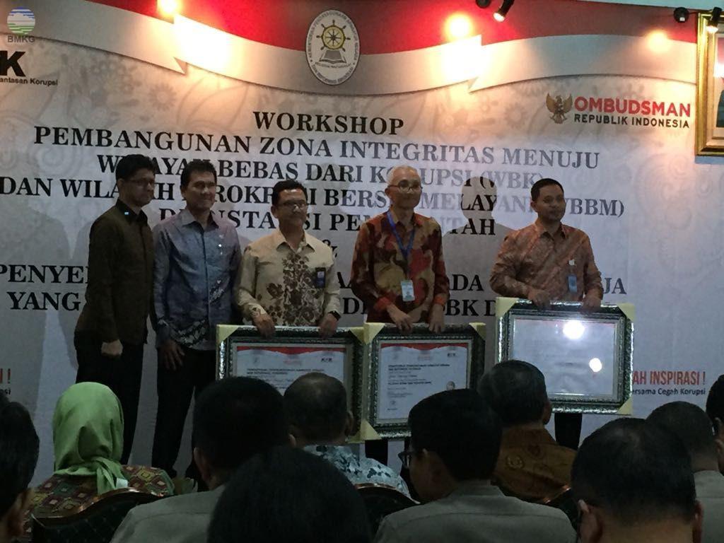 Balai Besar MKG Wilayah IV Makassar Raih Penghargaan Wilayah Bebas Korupsi