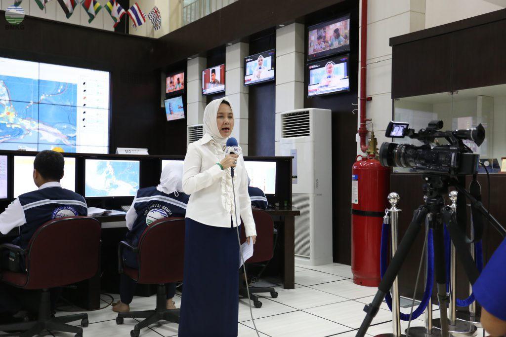 Kepala BMKG Melakukan Wawancara Live Dengan TVRI