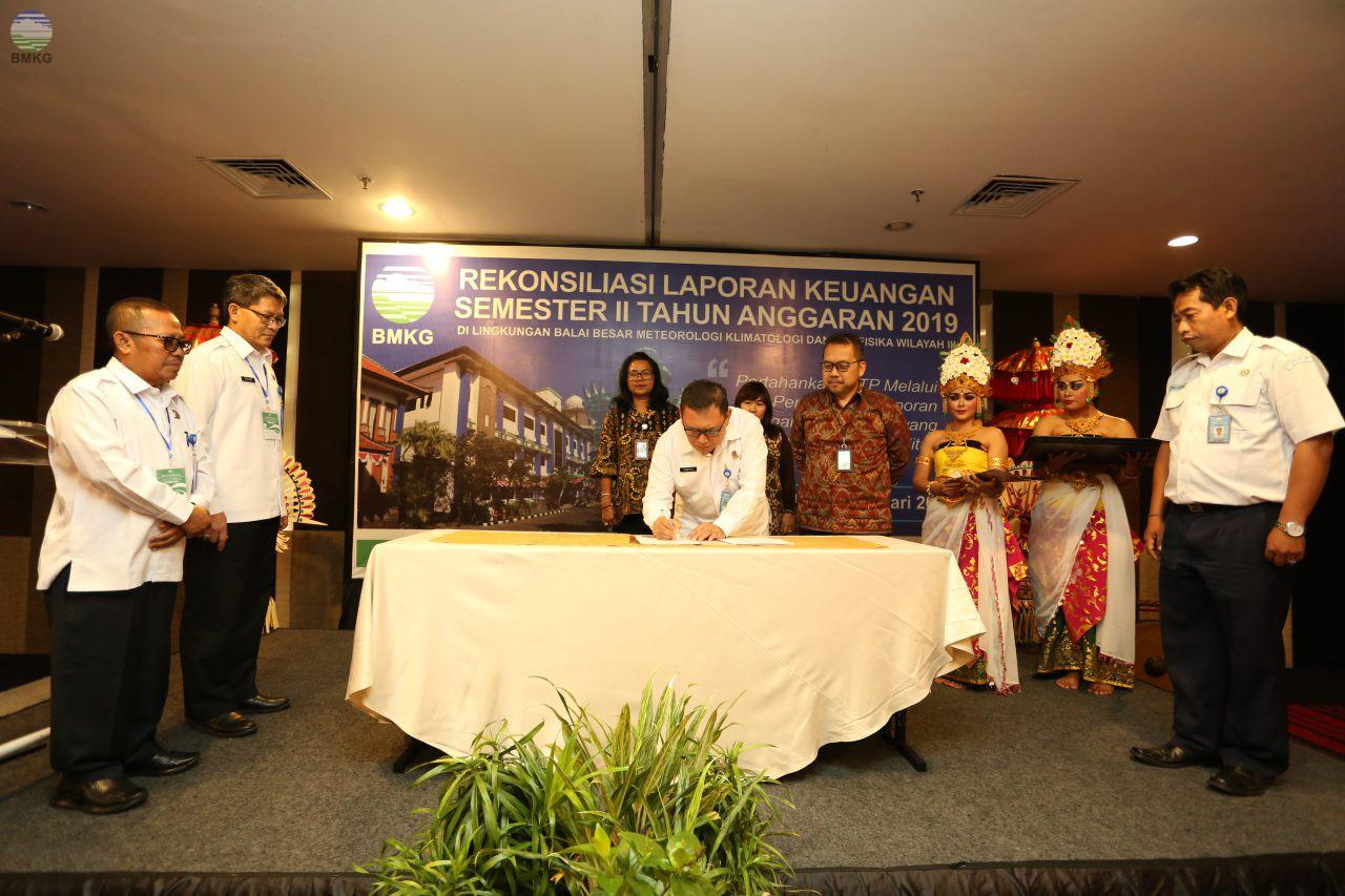 Bangun Sinergi, BMKG Wilayah III Denpasar Jalin Kerjasama dengan Bank Indonesia dan RRI Provinsi Bali