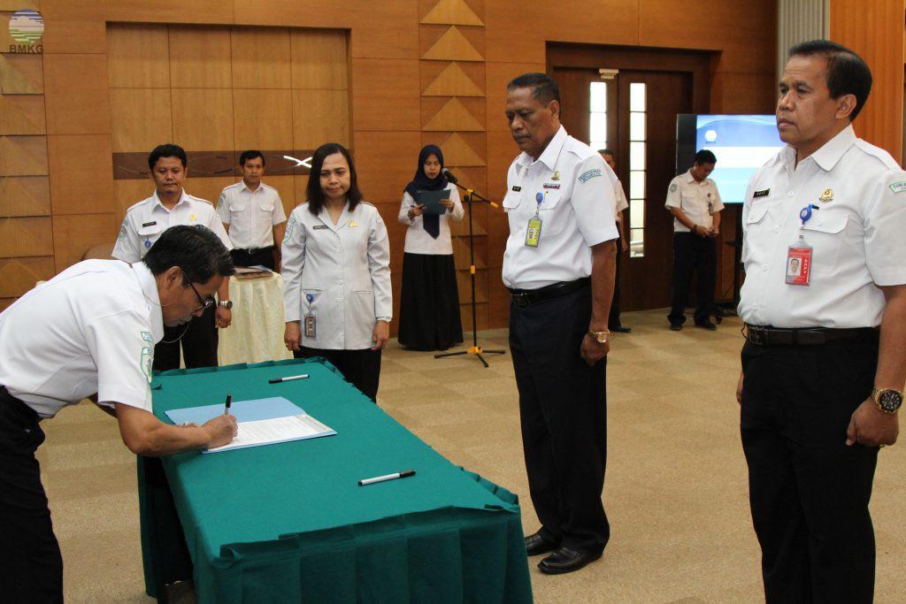 Sestama BMKG Hadiri Acara Sertijab Pejabat BMKG