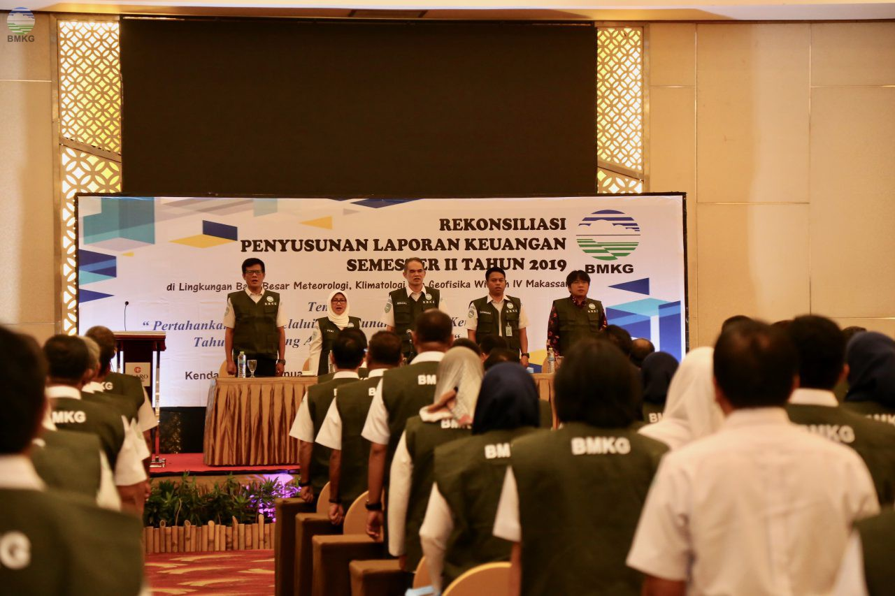 Deputi Klimatologi Buka Rekonsilasi Keuangan Semester II Tahun 2019 Balai Besar MKG Wilayah IV Makassar