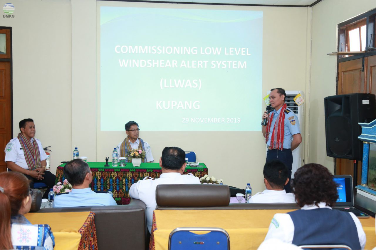 Commissioning Peralatan Cuaca Low Level Windshear Alert System (LLWAS) Kupang