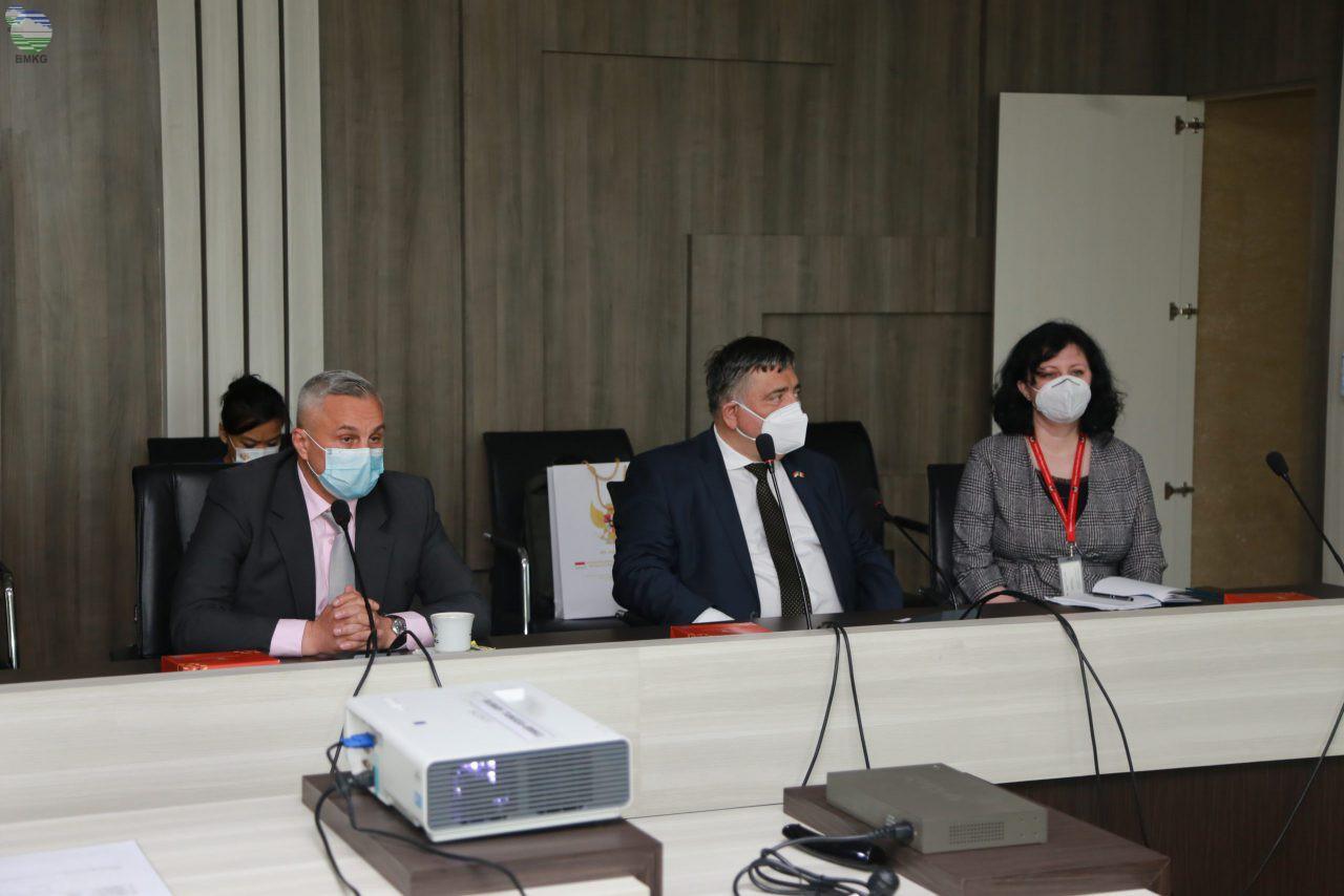 Kunjungan Perwakilan Pemerintah Rumania ke Kantor Pusat BMKG