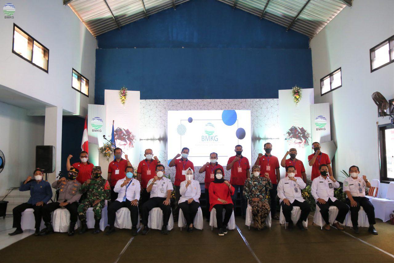 BMKG Himbau Nelayan Trenggalek Jadikan Info BMKG Sebagai Acuan untuk Melaut