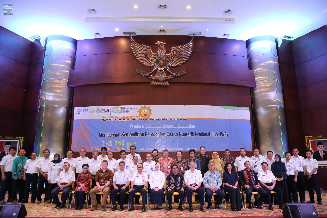 """Seminar Ilmiah dan General Discussion """"Membangun Kemandirian Permodelan Cuaca Numerik Nasional (Ina-NWP)"""""""