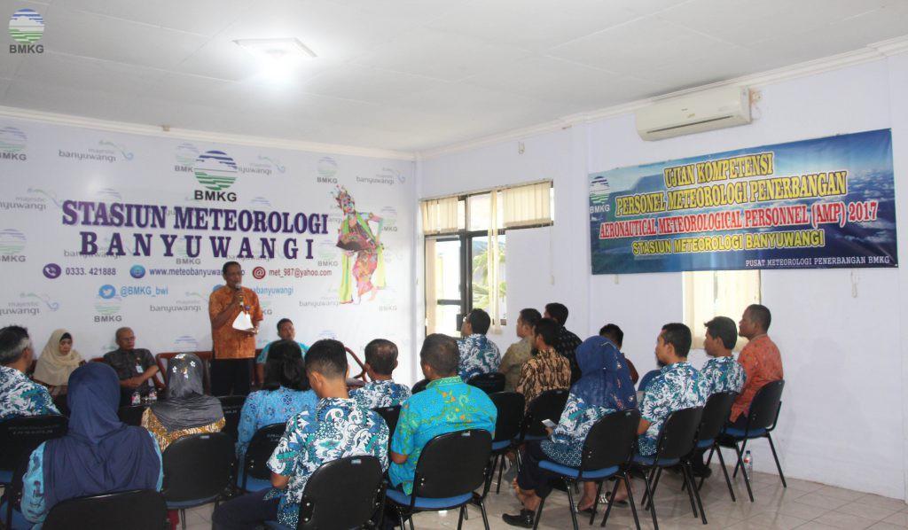 Uji Kompetensi Aeronautical Meteorological Personnel (AMP) bagi Forecaster dan Observer Stasiun Meteorologi Banyuwangi
