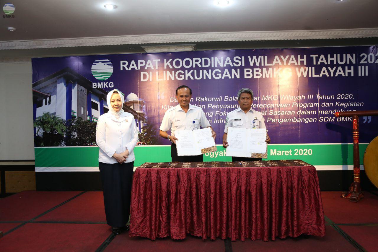 BMKG Yogyakarta - Angkasa Pura Jalin Kerja Sama, Perkuat Mitigasi Bencana Alam di Bandara Internasional Yogyakarta