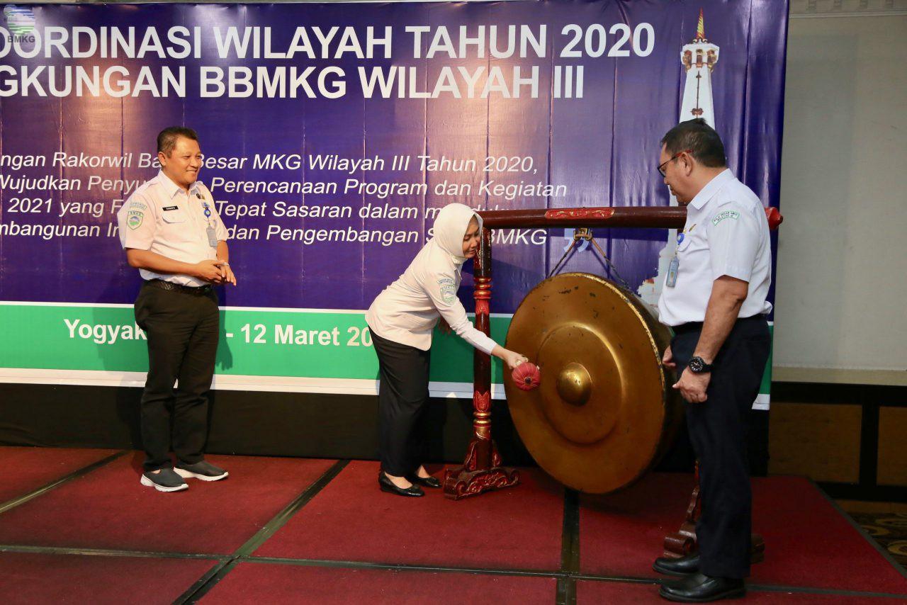 Kepala BMKG Buka Rakorwil Balai Wilayah MKG Wilayah III 2020 di Yogyakarta