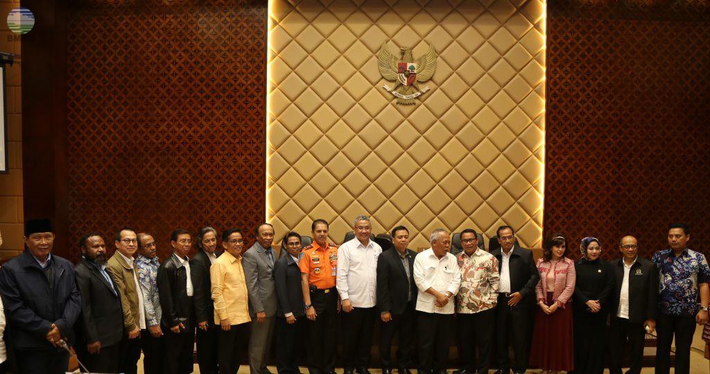 Komisi V DPR-RI Tetapkan RKA-KL Dalam RAPBN TA. 2018 Para Mitra Kerjanya