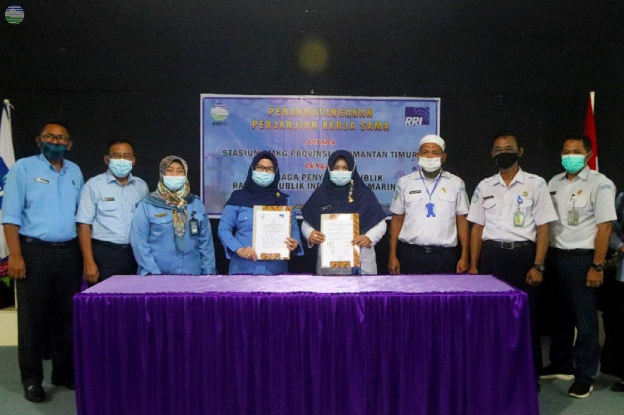 Penandatanganan PKS antara UPT BMKG Propinsi Kalimantan Timur dengan LPP-RRI Samarinda