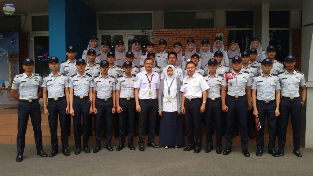 Kunjungan Taruna Taruni STMKG ke Stasiun Meteorologi Soekarno Hatta