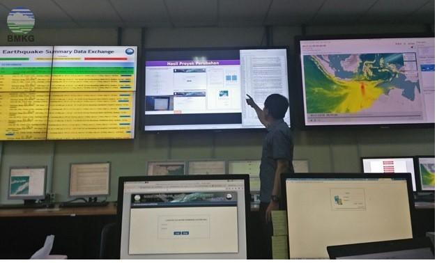 Instalasi Sistem Otomatisasi Narasi dan Press Release Gempa bumi Signifikan di Regional III, Denpasar, Bali