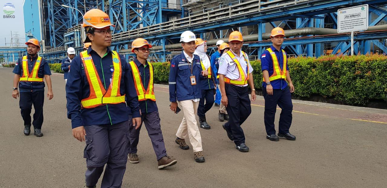 Sambut Tahun Baru 2020, Deputi Inskalrekjarkom Inspeksi Peralatan BMKG di Banten