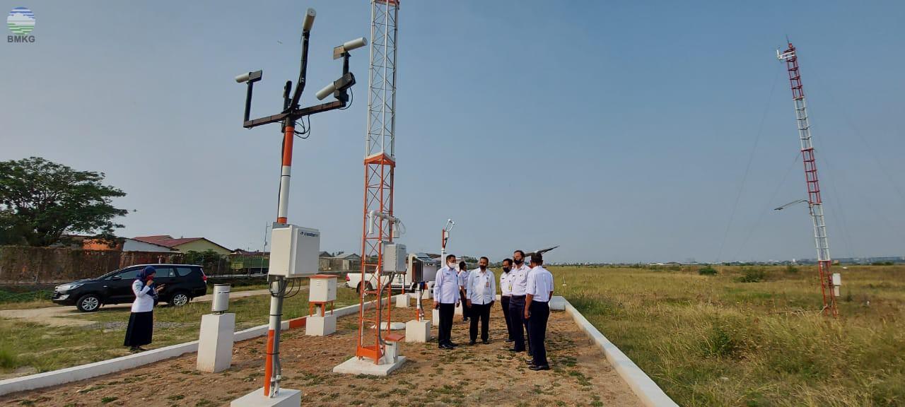 Kunjungan Kerja Deputi Bidang Meteorologi Ke Stasiun Meteorologi Bandara Soekarno - Hatta