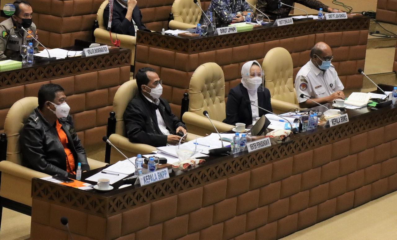 BMKG Ikuti Rapat Kerja Komisi V Terkait Musibah Jatuhnya Pesawat Sriwijaya SJ-182