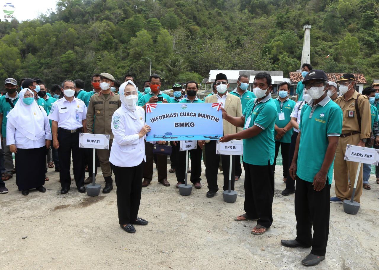 BMKG Gelar Sekolah Lapang Cuaca untuk Nelayan Gunungkidul