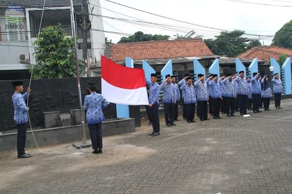 Upacara Peringatan Hari KORPRI di Kantor Balai Besar MKG Wilayah II