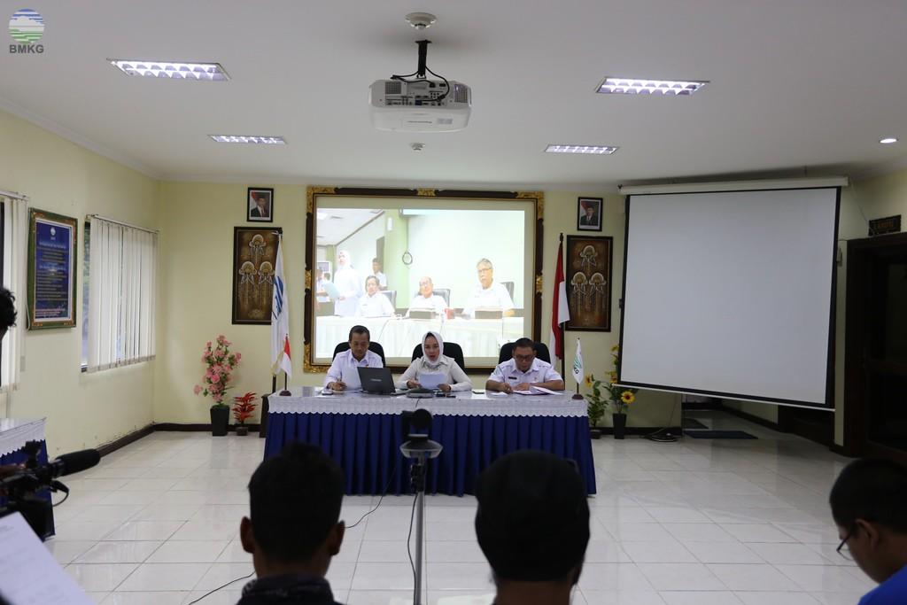 Teleconference Gempabumi Tektonik Yang Terjadi  Di Provinsi Banten