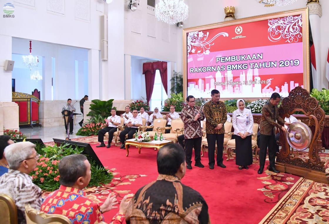 Presiden Republik Indonesia Apresiasi Sistem Peringatan Dini BMKG untuk Antisipasi Bencana