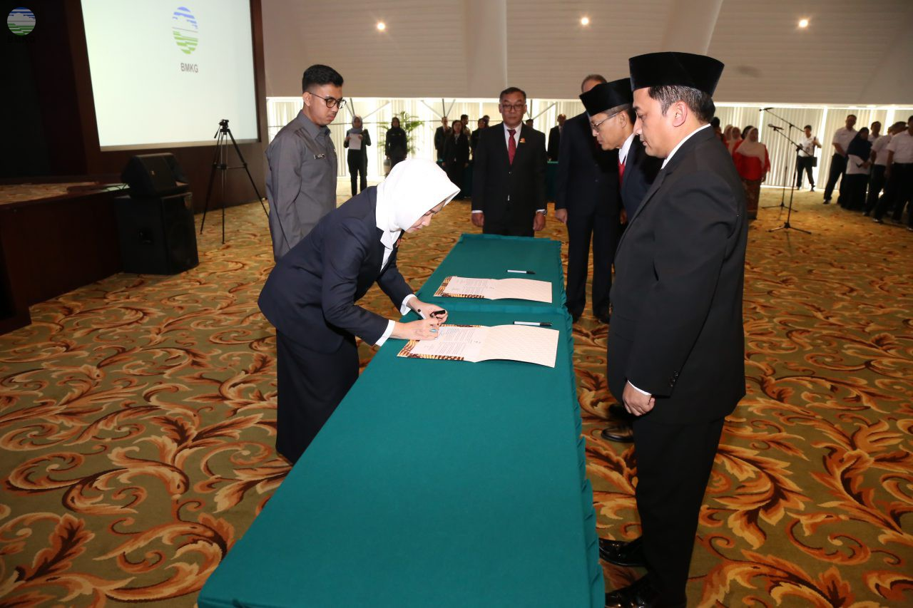 Pelantikan Pejabat Fungsional Utama, Pejabat Tinggi, dan Pejabat Administrasi di Lingkungan BMKG