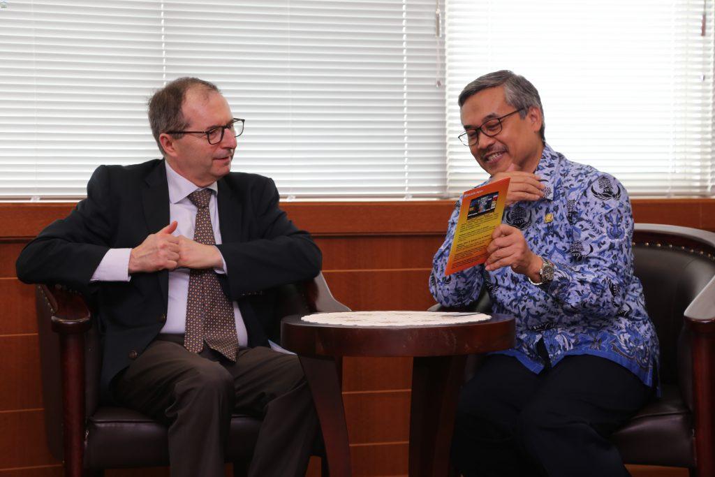 Duta Besar Perancis untuk Indonesia Kunjungi BMKG