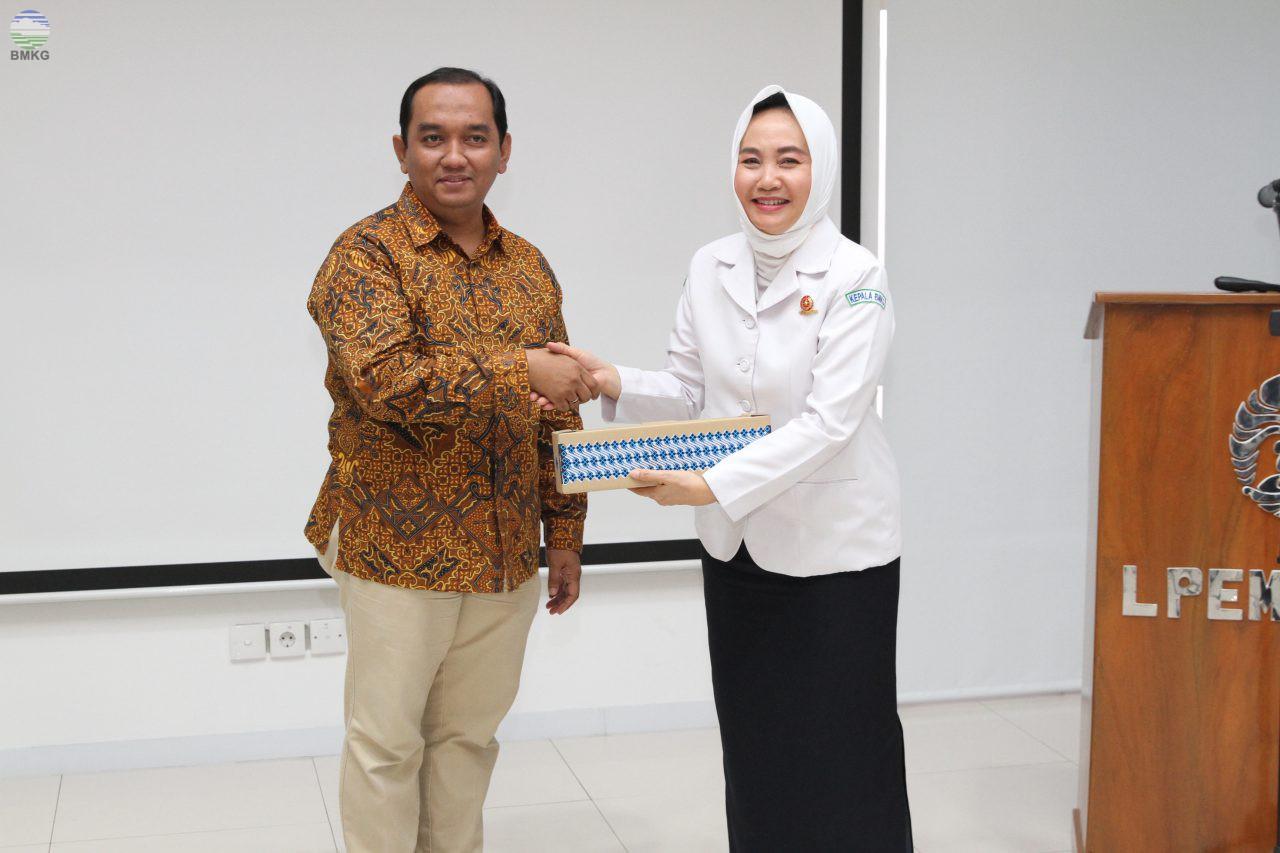 IRSA Rangkul BMKG untuk Perkuat Sistem Peringatan Dini Bencana di Indonesia