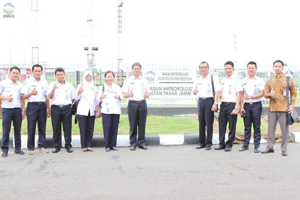 Paparan dan Kunjungan Kerja Deputi Bidang Meteorologi ke UPT Sultan Thaha Jambi