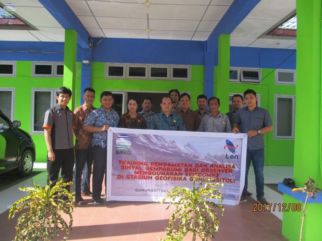 Training Sistem Pengelolaan dan Analisa Gempabumi SeisComp3 di Stasiun Geofisika Gunungsitoli