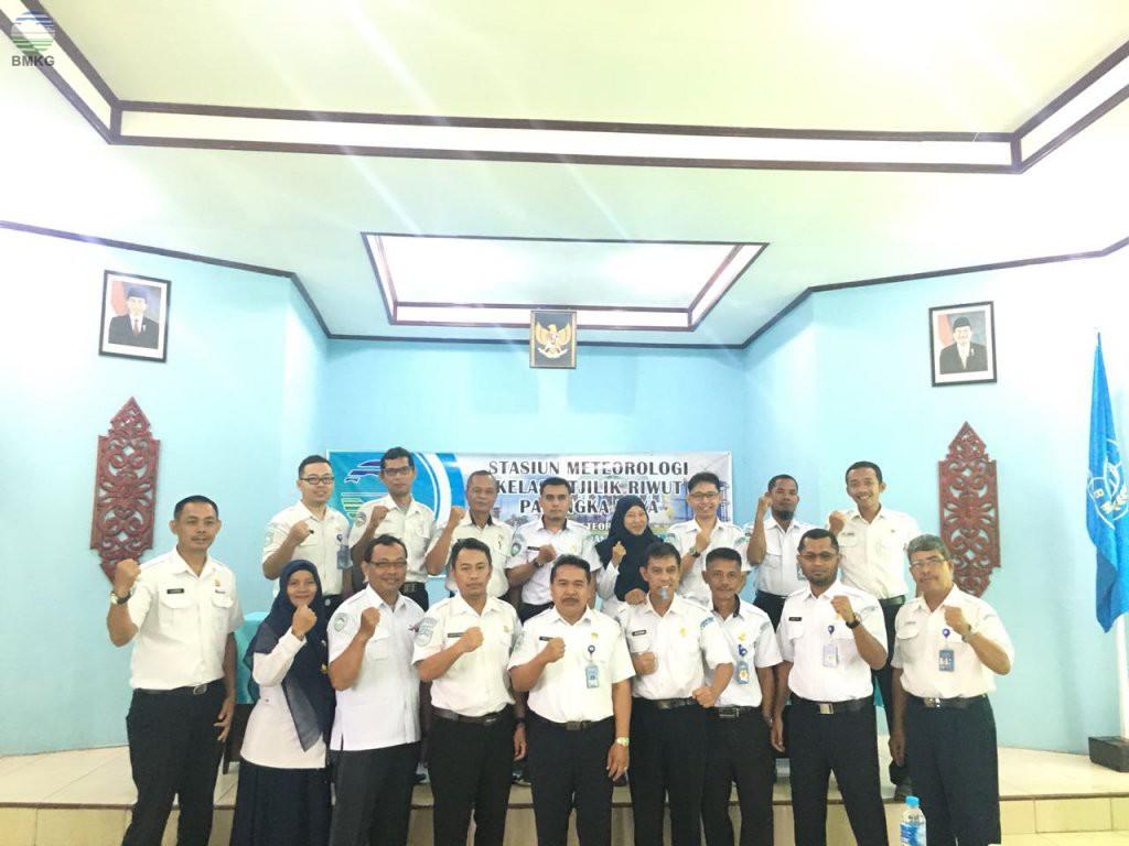 Stasiun MKG Se-Kalimantan Adakan Pertemuan Forum MKG