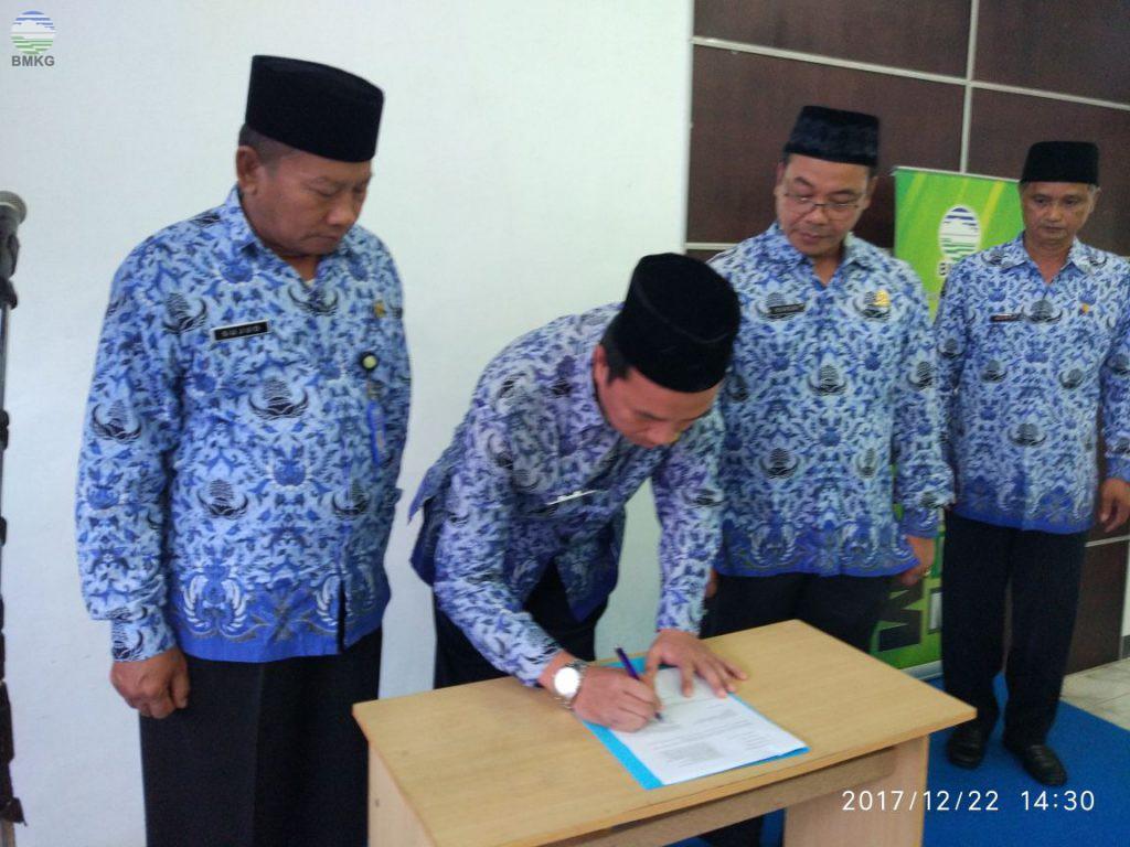 Pembinaan Kepegawaian dan Pengukuhan Korpri Komisariat Provinsi Bengkulu